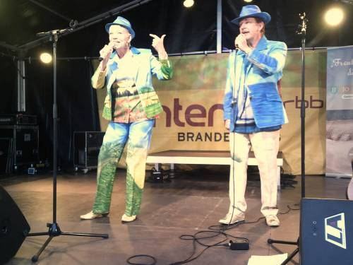 auf der Antenne-Brandeburg-Bühne beim Oktoberfest in Schwedt