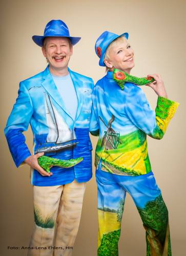 Gesangsduo Jo & Josephine mit norddeutschem Outfit