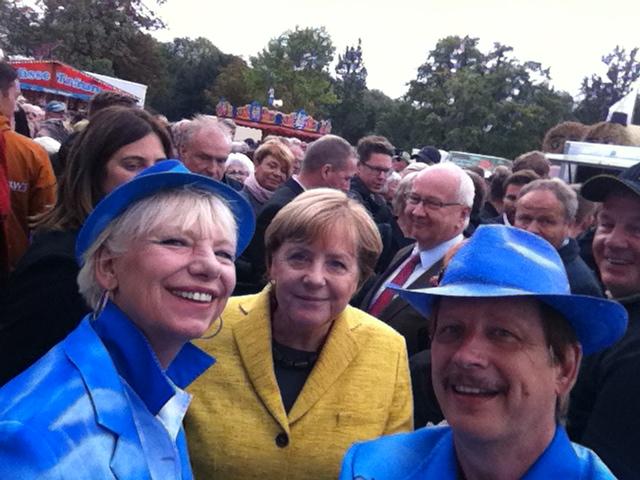 Angela Merkel mit dem Schlagerduo