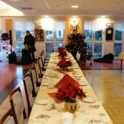 Vorbereitung für Seniorenweihnachtsfeier