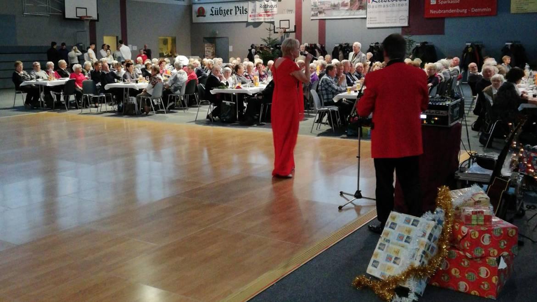 Weihnachtsshow für Senioren in Stavenhagen